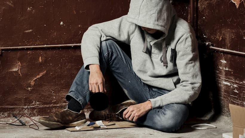 как вылечить человека от наркомании